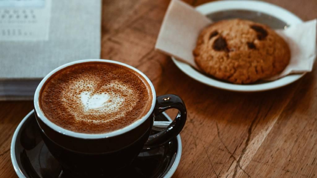 Hotel-Romulus-caffe-biscuit