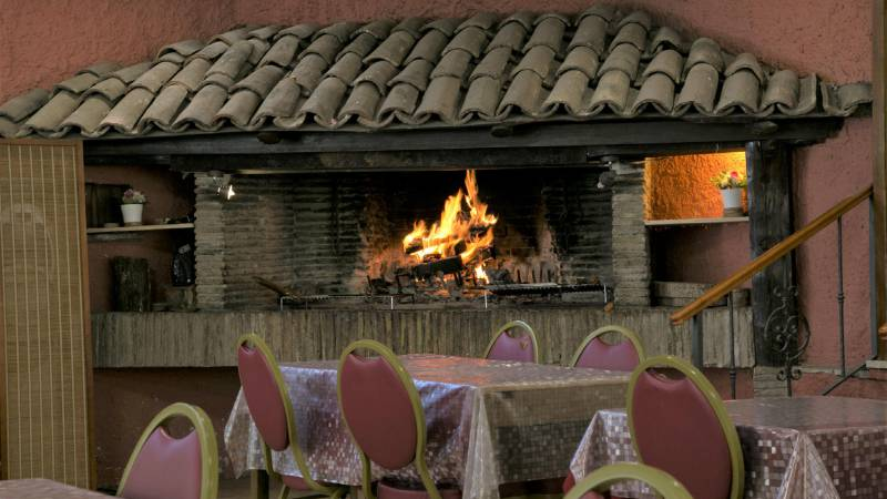 Hotel-Romulus-dining-room-7828-7